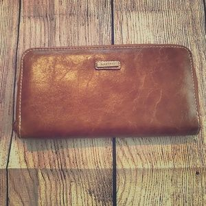 Rosetti full zip wallet